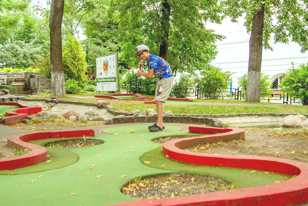 Идея № 363: бизнес-план корта для мини-гольфа
