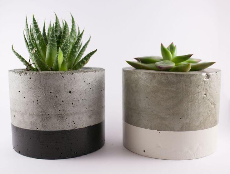 Пример использования бетонных кашпо
