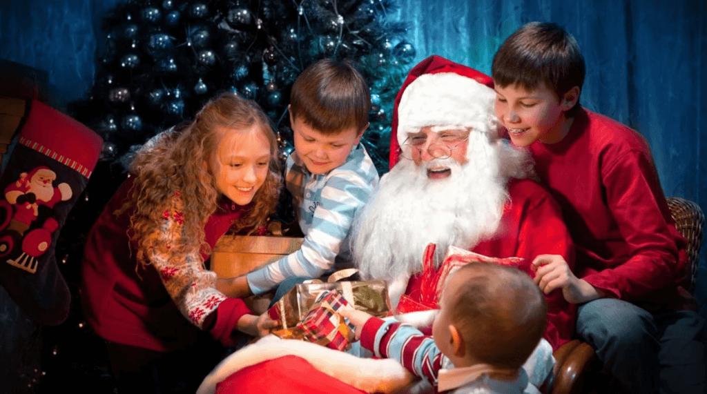 Идея №395: Дед Мороз и Cнегурочка на Новый год.